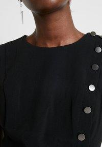 Banana Republic - BUTTON DOWN MILITARY DRESS - Robe d'été - black - 6