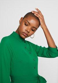 Banana Republic - SAVANNAH DRESS - Maxi-jurk - luscious green - 4