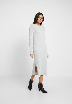 COLUMN DRESS - Jumper dress - light grey heather