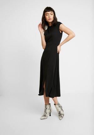SOLID - Sukienka z dżerseju - black