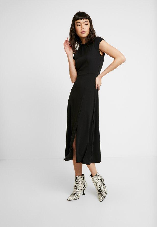 SOLID - Vestito di maglina - black