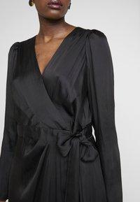 Banana Republic - WRAP SHEATH SOLID SOFT - Day dress - black - 4