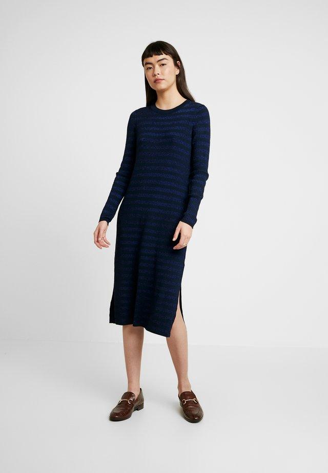 COLUMN DRESS STRIPE - Vestido de punto - navy