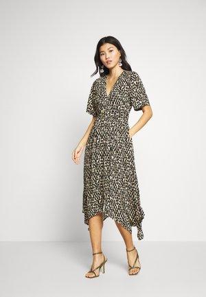 V NECK RING WRAP PRINT - Day dress - neutral