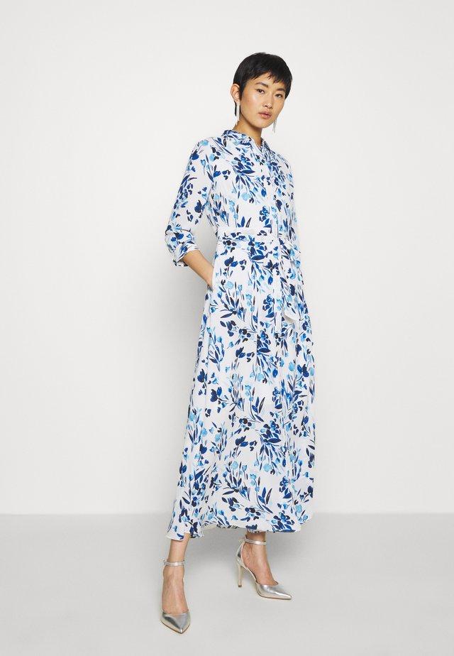 SAVANNAH PRINTS - Košilové šaty - blue