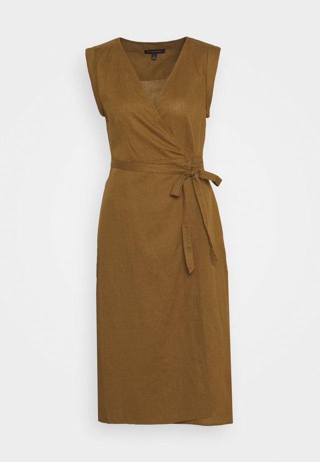WRAP - Vestido informal - cindered olive
