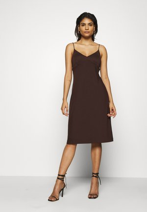 STRAPPY SLIP - Jersey dress - dark mahogany