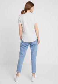 Banana Republic - SUPIMA CREW RELAUNCH - T-shirt basic - light grey - 2