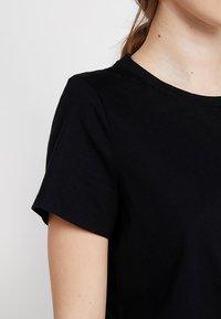 Banana Republic - SUPIMA CREW RELAUNCH - T-shirt basic - black - 4