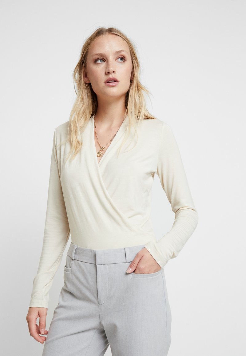 Banana Republic - WRAP SOFT - Langærmede T-shirts - new cream