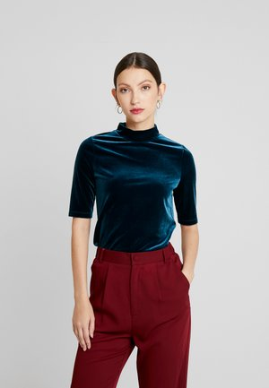 ELBOW MOCK NECK TEE - T-shirt con stampa - emerald city