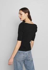 Banana Republic - SQUARE NECK PUFF SHOULDER - T-shirt con stampa - black - 2