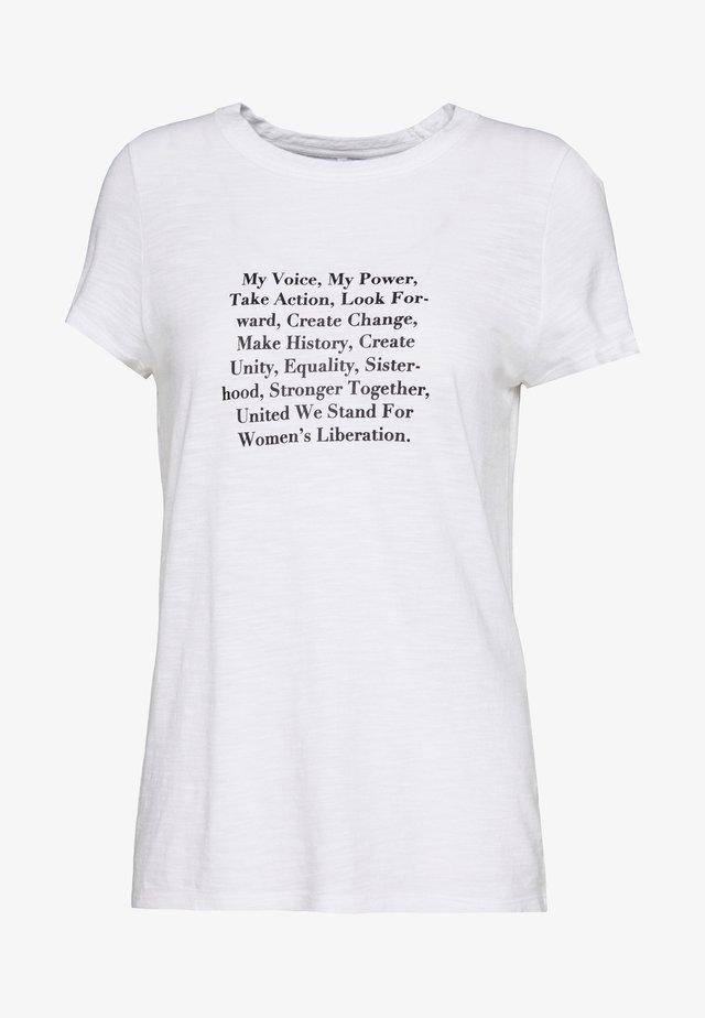 GRAPHIC - Camiseta estampada - white