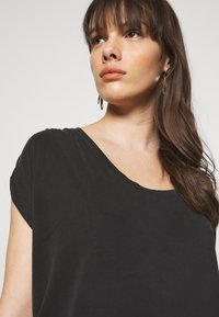 Banana Republic - SHORT SLEEVE RUCHED - T-shirt con stampa - black - 3