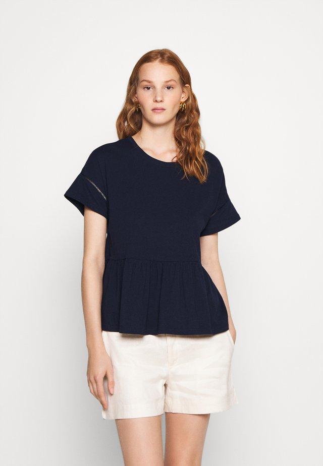 PEPLUM TEE - T-shirt print - preppy navy