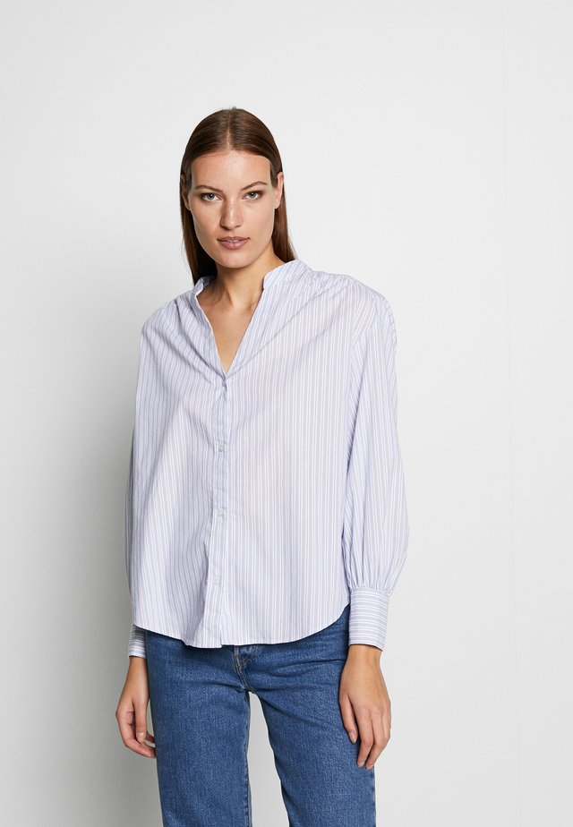 SHIRRED VOLUME SLEEVE POPLIN  - Bluser - blue