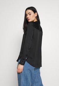 Banana Republic - DILLON - Button-down blouse - black - 2
