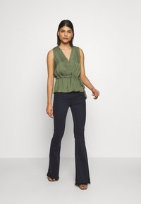 Banana Republic - UTILITY TIE WAIST - Bluser - flight - 1