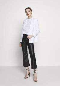 Banana Republic - SCULPTED STRUCTURED SOLIDS - Blazer - vwhite - 1