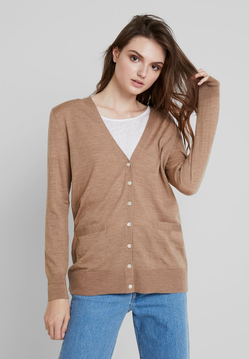 Banana Republic - CARDIGAN - Strickjacke - camel