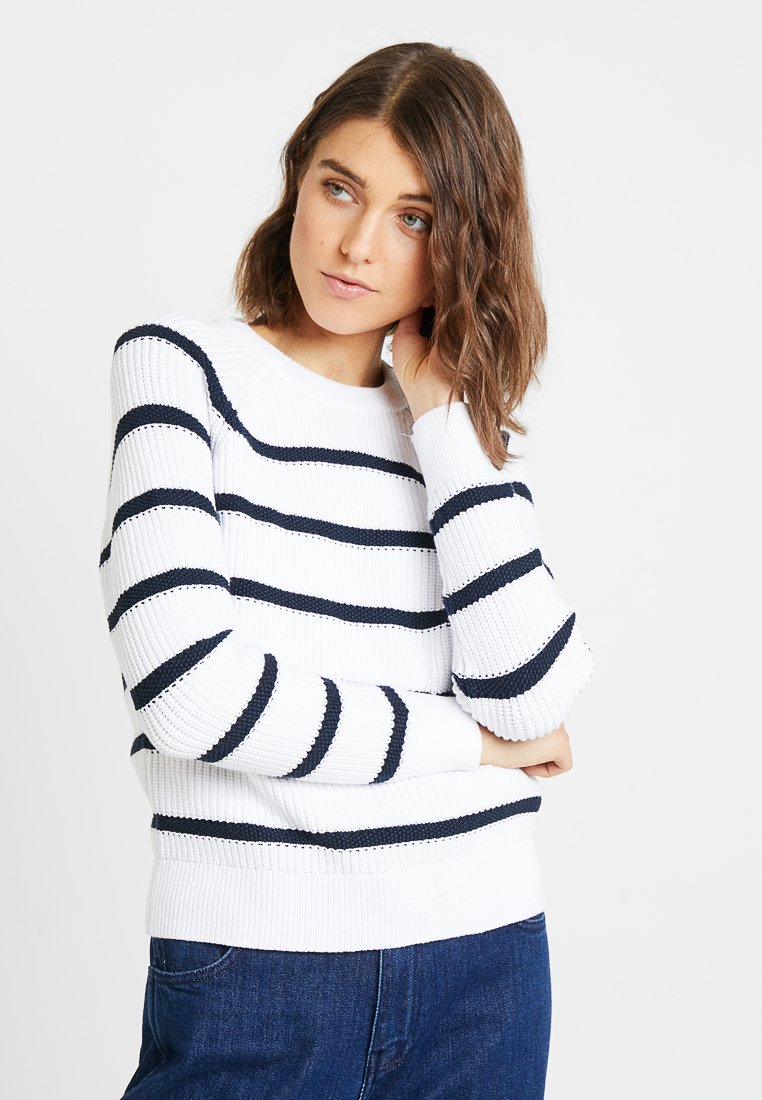 Banana Republic - ROUNDED STRIPES - Strickpullover - white with navy stripe