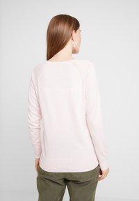 Banana Republic - VEE SOLIDS - Maglione - pink blush - 2