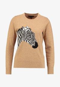 Banana Republic - NEW WAY CREW ZEBRA INTARSIA - Stickad tröja - camel - 4