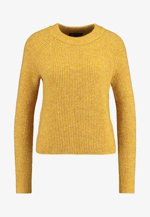 AIRE RAGLAN SLEEVE CREW - Jumper - mustard