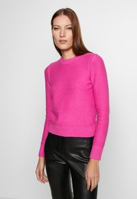 Banana Republic - CUSHION CREW SOLIDS - Sweter - pop pink - 0