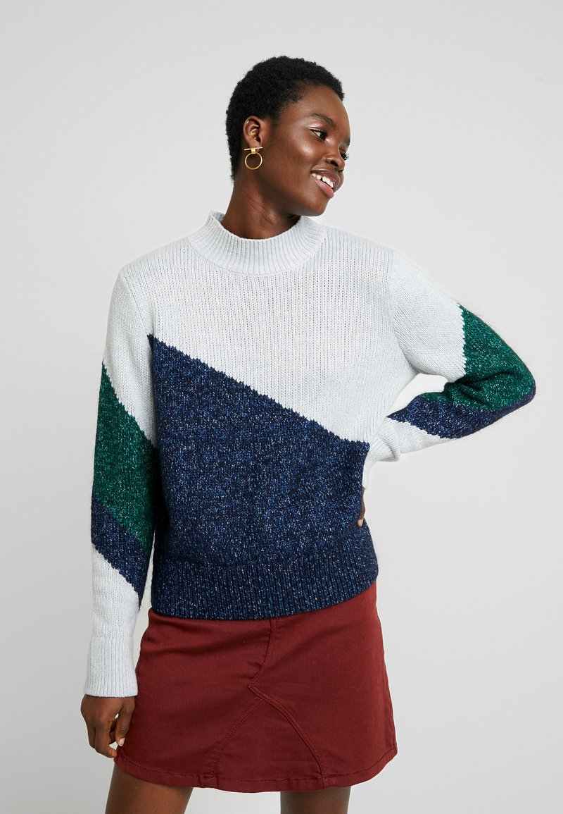Banana Republic - ASYM PLACED COLORBLOCK - Jumper - preppy navy/pinegreen