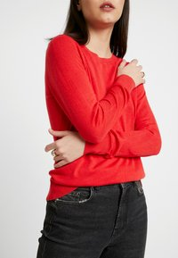 Banana Republic - CREW SOLIDS - Jumper - hot red - 4