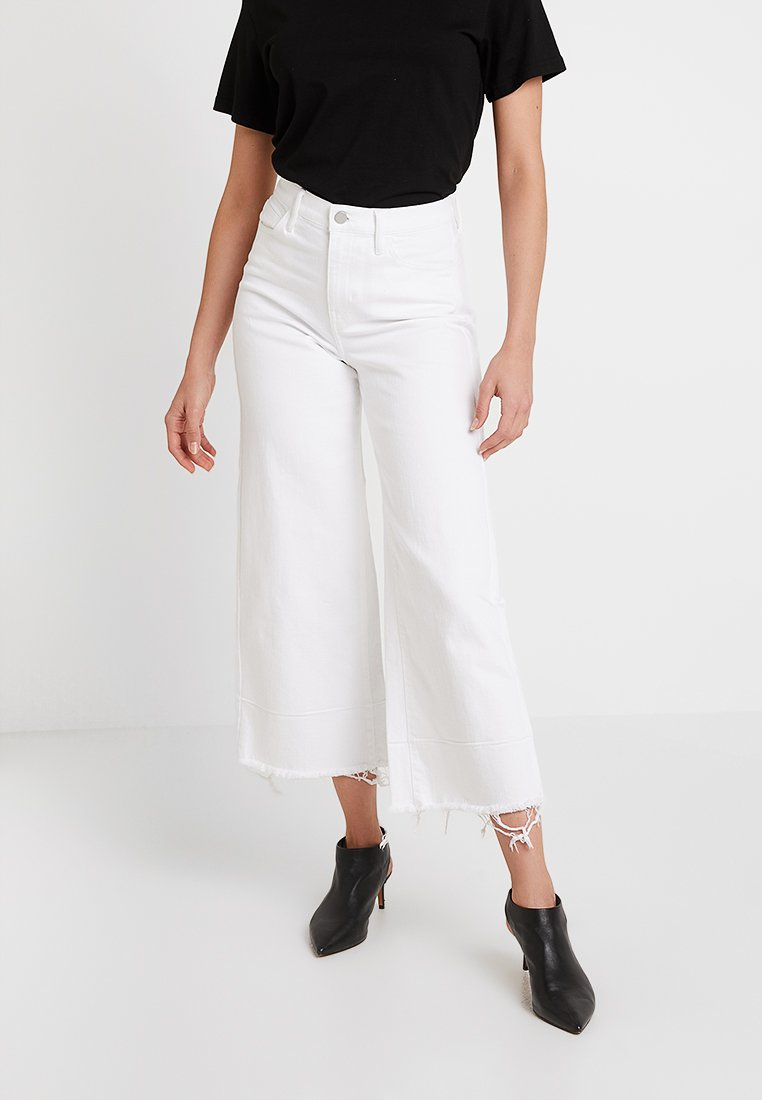 Banana Republic - MIDRISE CROP WIDE RELEASE - Flared jeans - white