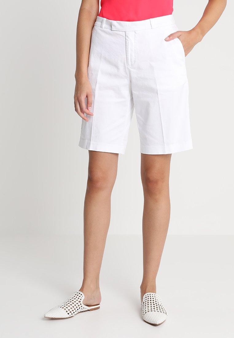 Banana Republic - BERMUDA  - Shorts - white