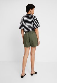 Banana Republic - PULL ON UTILITY - Shorts - khaki - 2