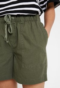 Banana Republic - PULL ON UTILITY - Shorts - khaki - 5