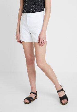 CLEAN CREPE - Shortsit - white