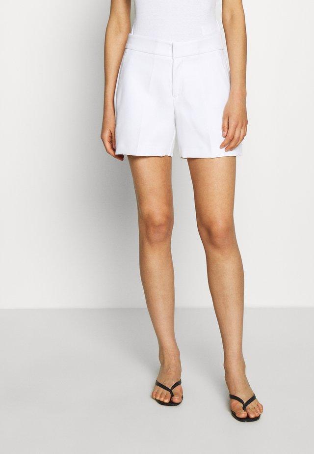 CLEAN - Shorts - white