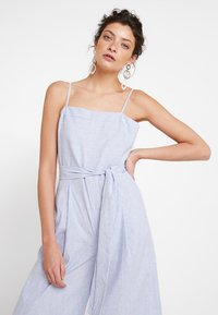Banana Republic - STRAPPY STRIPE - Jumpsuit - light blue - 3