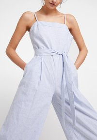 Banana Republic - STRAPPY STRIPE - Jumpsuit - light blue - 5