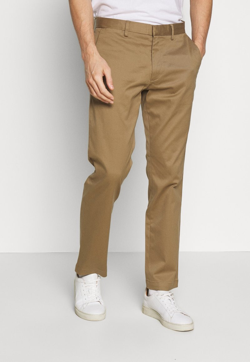 Banana Republic - EMERSON - Chinos - airforce khaki