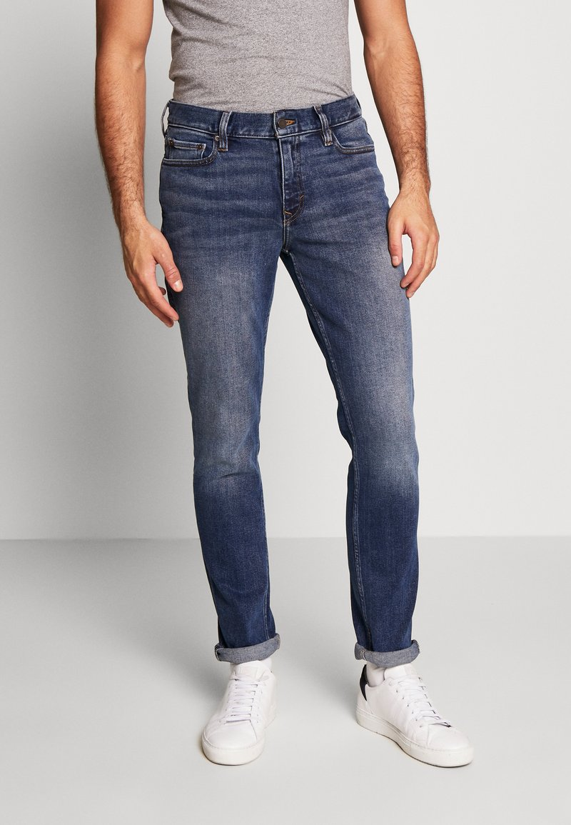 Banana Republic - THE RICH WASH - Jeans slim fit - fresh air blue