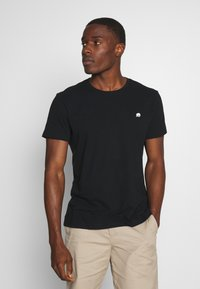 Banana Republic - LOGO SOFTWASH TEE - T-shirt basic - black - 0