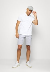 Banana Republic - PERFORMANCE - Polo shirt - white - 1