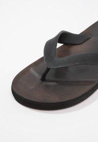 Blend - Sandály s odděleným palcem - shale brown - 5