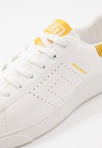 Blend - FOOTWEAR - Tenisky - lemon yellow - 5
