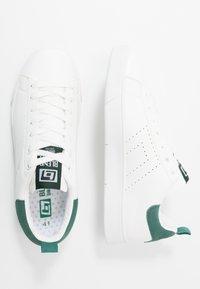 Blend - FOOTWEAR - Sneakersy niskie - mallard green - 1