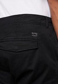 Blend - PANTS - Cargobukser - black - 5