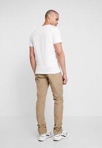 Blend - PANTS - Pantalon classique - safari brown - 2