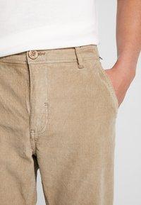 Blend - PANTS - Pantalon classique - safari brown - 3