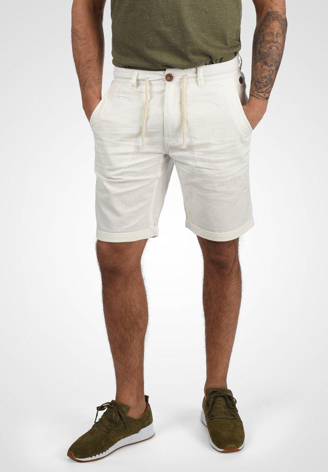 LIAS - Shorts - offwhite
